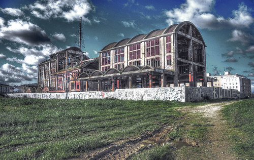 Antigua Fábrica de la Cross en El Burgo