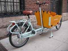 DoubleDutchBike Taylor Bakfiets Cargo Bike (DoubleDutchBikes) Tags: netherlands dutch electric stainlesssteel tricycle riding frame messenger passenger eco motorized foldingbike mybike fiets kinderfiets longjohn messengerbike deliverybike mybicycle duobike newyorkbike transportfiets stadfiets workcycles transportbicycle dutchbikes dutchcargobike transportationbike hubstation newyorkbicycles doubledutchbikes dutchcargbakfiets woodenboxbike