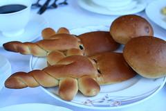民宿有名的鱷魚麵包