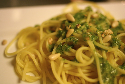 quinoa pasta with arugula pesto