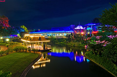 Walt Disney World - Magic Kingdom - Swan Boat Landing & Tomorrowland Terrace (Tom.Bricker) Tags: nikon florida wideangle disney disneyworld mickeymouse wdw waltdisneyworld themepark waltdisney orlandoflorida ultrawideangle wdwfigment tombricker