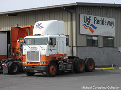 USF Reddaway FLB Cabover parked in Yakima (Michael Cereghino (Avsfan118)) Tags: truck cab over engine usf coe freightliner cabover flb reddaway