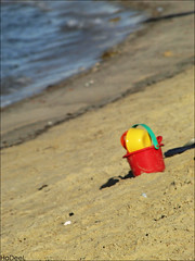 Al Khobar   (Hadeel Ibrahim) Tags: sea beach toy sand wave   alkhobar