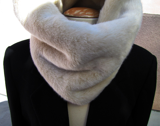DIY-fur-neck-warmer, neck round, fur neck funnel, neck tube, scarf, fur scarf, neck round, faux fur neck snood