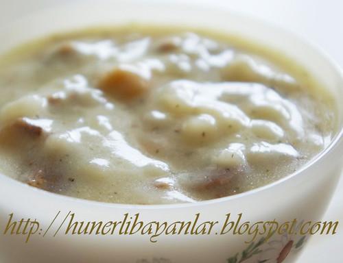 Etli Nohutlu Yayla Çorbası