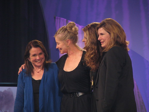 Elizabeth Edwards, Lisa Niemi, Maria Shriver, Susan Saint James
