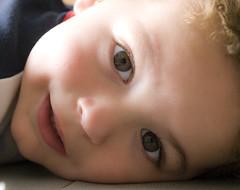 miquel (tramuntanauta) Tags: retrato cara beb nio miquel