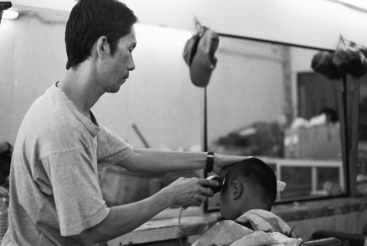 另一个说我像韩国人的理发师