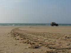 DSCF2178 (maq74) Tags: pakistan sea beach coast sand offroad 4x4 toyota karachi landcruiser softtop fj40