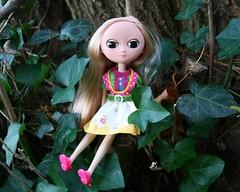 max (cybermelli) Tags: monkey doll dress makeup bow blonde blush maryjanes custom moof squeaky squeakymonkey faceup huna unaweek
