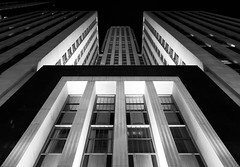 Field / LaSalle / Bank of America (The New No. 2) Tags: bw white chicago black building art monochrome field vertical architecture modern office illinois gbrearview bank landmark marshall il lasalle deco sleek chicagoist setback johncrouch johncrouchphotography crouchphotos crouchphotoscom