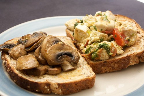 sauted mushrooms and scrambled tofu