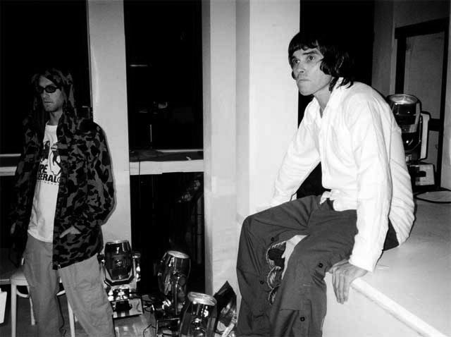 James Lavelle and Ian Brown back stage