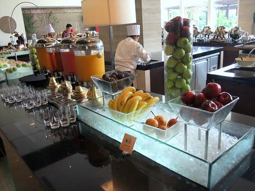 Juice and Fruit Bar