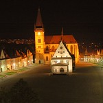 Bardejov: Night view of the square
