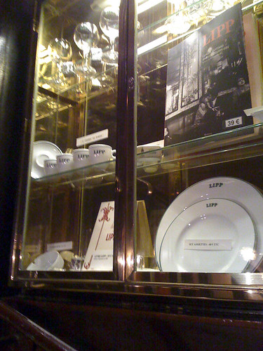 Plates on Display, Brasserie Lipp