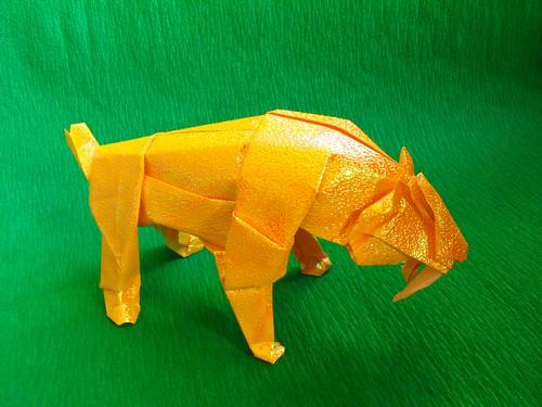 Соплезубый тигр (Smilodon)
