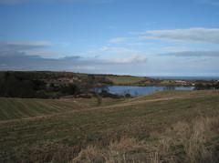 Kinghorn Loch and the Forth (Alexandra Mitchell) Tags: scotland fife forth loch kinghorn kinghornloch