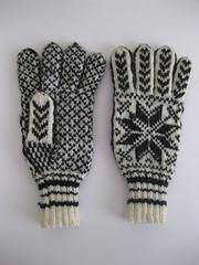 Norwegian gloves