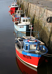 Give me shelter (steverichard) Tags: uk blue red sea water wall port boats coast harbor scotland boat fishing alba harbour britain sunny vessel calm solway galloway ecosse garlieston wigtownshire steverichard