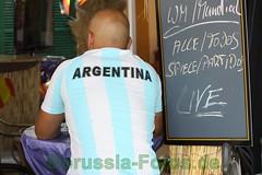Borussia-Fotos_de019 (BorussiaFotosde) Tags: deutschland fussball fotos 40 fans hafen mallorca gauchos bilder havanabar portandratx siegesfeier argentinien publicviewing blamage weltmeisterschaft2010 wmviertelfinale mijimiji