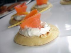mini crêpes au saumon fumé