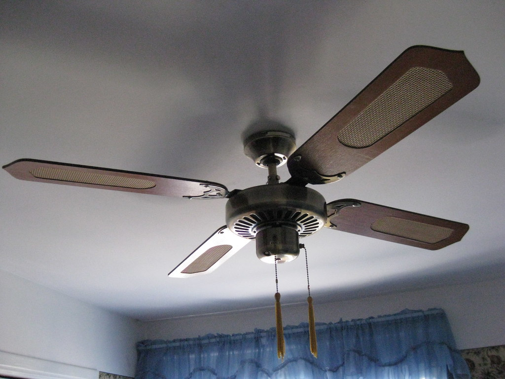 The world 39 s most recently posted photos of antique and - Ventilador de techo vintage ...