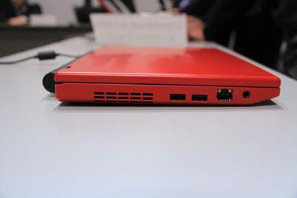 ThinkPad X100e ソケット