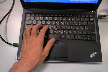 ThinkPad Edge 13 タイプ感