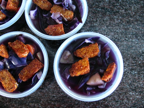 Red Cabbage Soup with Tempeh