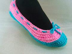 DSC08605 (CraftJunky) Tags: handmade slipon crochetslippers