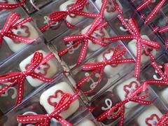 Cumpleaos 50 Lulu (CHOCOFILIA) Tags: boda cumpleaos nacimiento recuerdos bautizo dulcedeleche regalos alfajores galletas paletas decorado charolas chocofilia