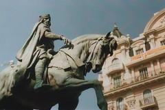 Ramon Berenguer (Laura Carb) Tags: barcelona film catalonia catalunya zenith expiredfilm zenithe ramonberenguertercer