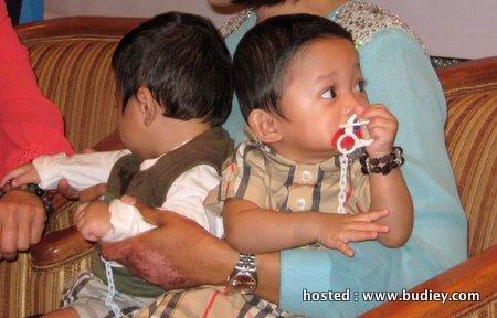 Dalam pertemuan penuh ringkas itu, Ziana serta bayi kembarnya telah