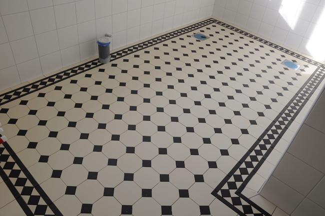 badrumsgolvet klart!