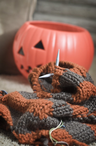 Because I'm insane & have nothing better to do than knit a halloween costume.
