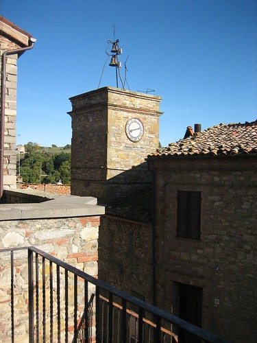 Parrano Clock Tower_011