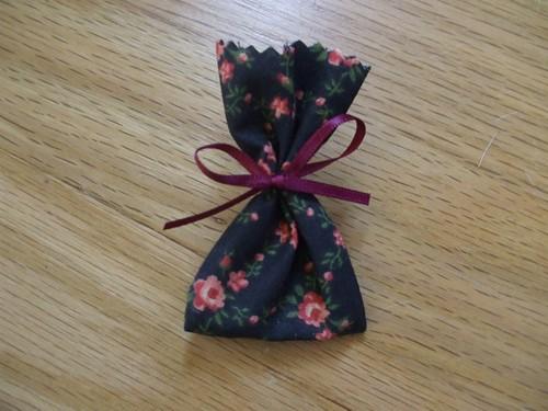 Little gift bags for earrings
