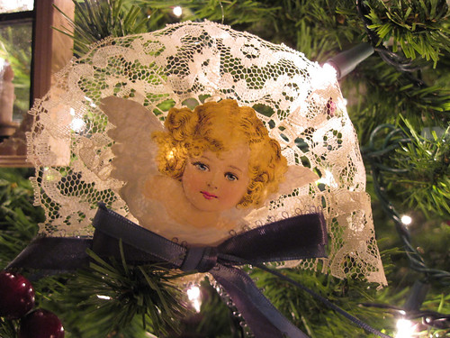 Angel Scrap Ornament 2