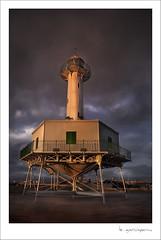 Faro de la Banya (sunset) ( Karlos Garciapons ) Tags: sunset luz puerto catalunya atardeceres lux cataluña tarragona faros garciapons kgarciapons