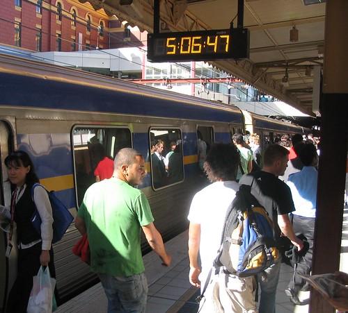 Rush hour at Flinders Street