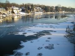 Frozen Ruhr V. (abudulla.saheem) Tags: schnee winter snow ice river germany nikon nrw eis ruhr mülheim icycold flus riverruhr eisfläche coolpixl12 january2009 abudullasaheem icecoveringtheriver