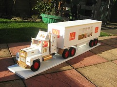 McDonald's Truck Model Made From Cardboard And Recycled Materials - 2 of 4 (Kelvin64) Tags: road art cars car truck artwork model highway transport mcdonalds vehicles lorry rig vehicle trucks roads diorama lorries
