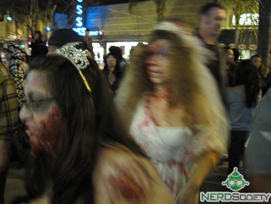 4337478426 a1ccf6b595 o Zombie Walk   Alhambra, CA