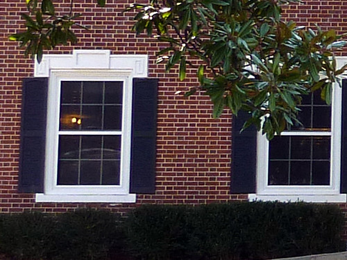 P1000669-2010-02-07-Shutze-Emory-KA-House-Window-Detail