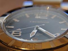 O tempo no para.. (salviocastro) Tags: brazil macro clock time sony watch frases relgio seconds momentos timemachine technos segundos ponteiros horrio dschx1