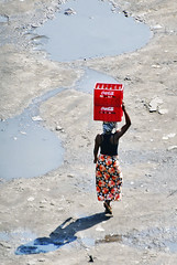 Heavy load... (jendayee) Tags: africa people woman water mud walk soil congo heavy load красный женщина кола ящик