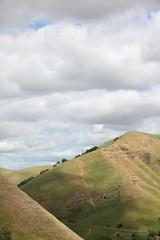 climb ev'ry foothill (1600 Squirrels) Tags: california usa cloud photo lenstagged hill 1600squirrels sfbayarea nocal antioch 2x3 ebrpd blackdiamondmines contracostacounty somersville diablofoothills blackdiamondminesregionalpark 5dii canon70200f28isii