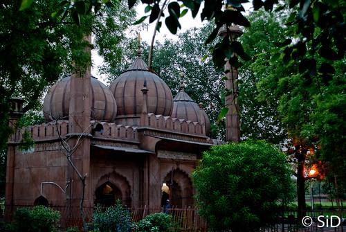 Sunheri Masjid