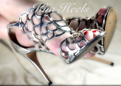 Escarpins Styme 1330300 (glitter heels) Tags: heels high highheels highheelshoes peep peeptoes sandals shoes tacchialti taconesaltos talons talonshaut chaussures feet fétichisme toes pieds arch orteils zapatos scarpe sexy female féminin feminino femenino ankle bare clear fashion fetish foot fuss füsse girl legs mule mules nails open opentoe peeptoe pie pies plattform pleaser polish pumps sandal shiny slides slingback sohlen sole soles stiletto strappy stripper tacon tacones thong toe toenail toenails woman